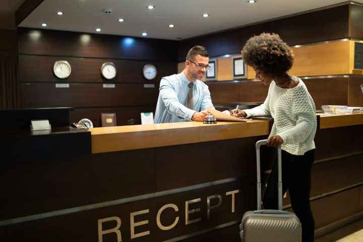 Things to Check Before Booking Hotel Online