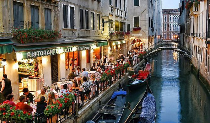 Romantic Restaurants In Venice For Valentine's Day